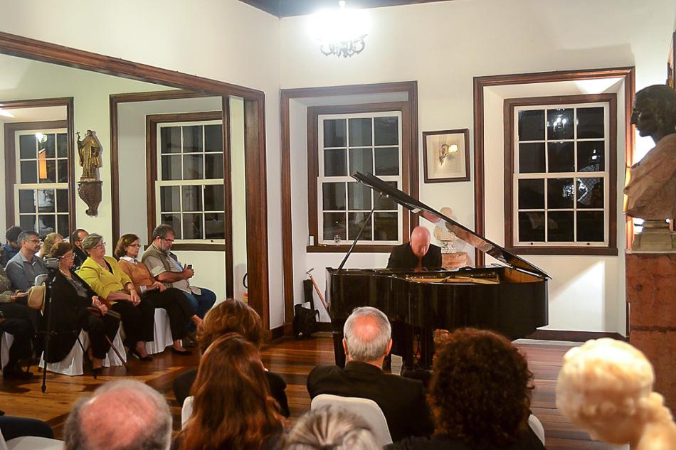 2 Encerramento expos Pianista Fabio Luz recital Autor Pikyto Encerrada a exposição gratuita de fotografia: Rio, Eu Gosto de Você