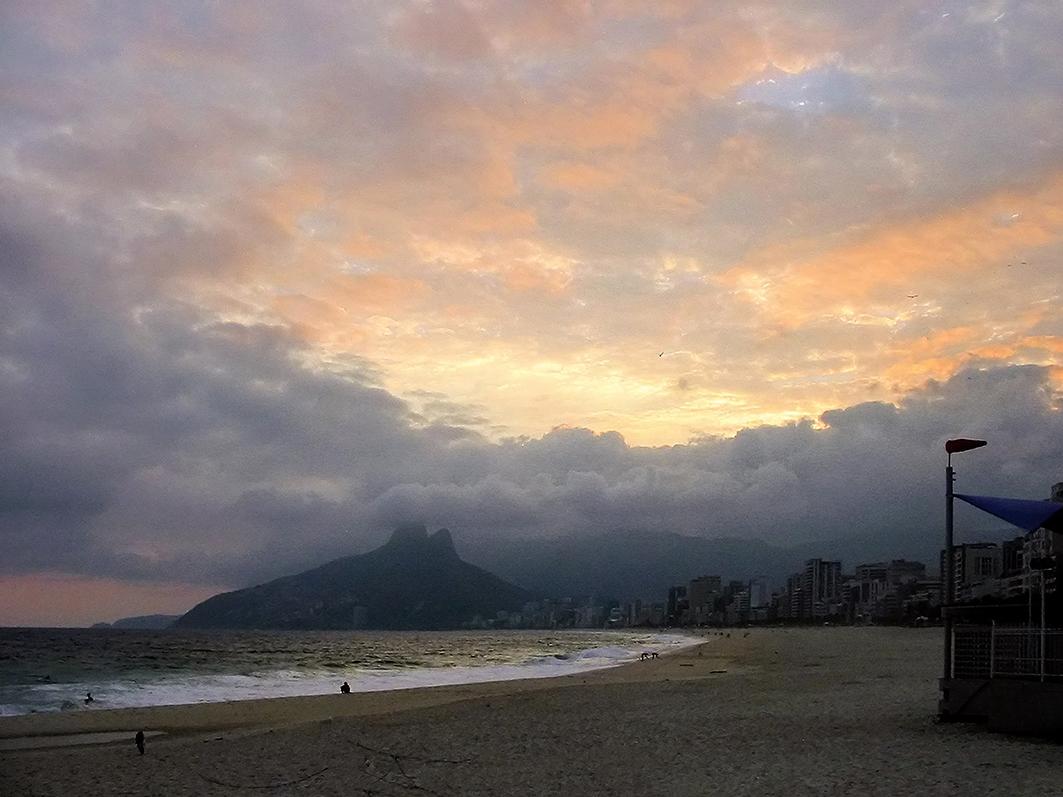 Pikyto fotografia Leblon sundown Encerrada a exposição gratuita de fotografia: Rio, Eu Gosto de Você
