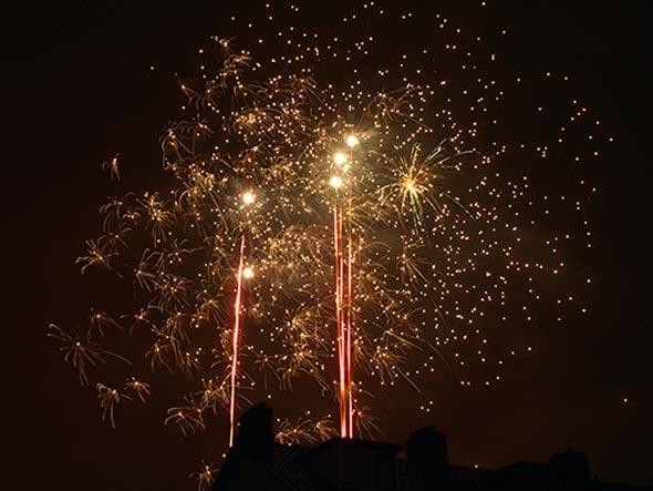 Comofotografarfogoadeartificio FotoDicasBrasil21 Como fotografar fogos de artifício com qualquer câmera