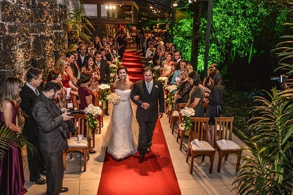 Entrada-da-noiva-frente--Dicas-para-fotografar-casamentos