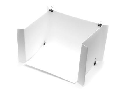 Mini estudio de papel com clipes do Artigo Faça você mesmo, DIY ou gambiarras fotográficas - Foto Dicas Brasil