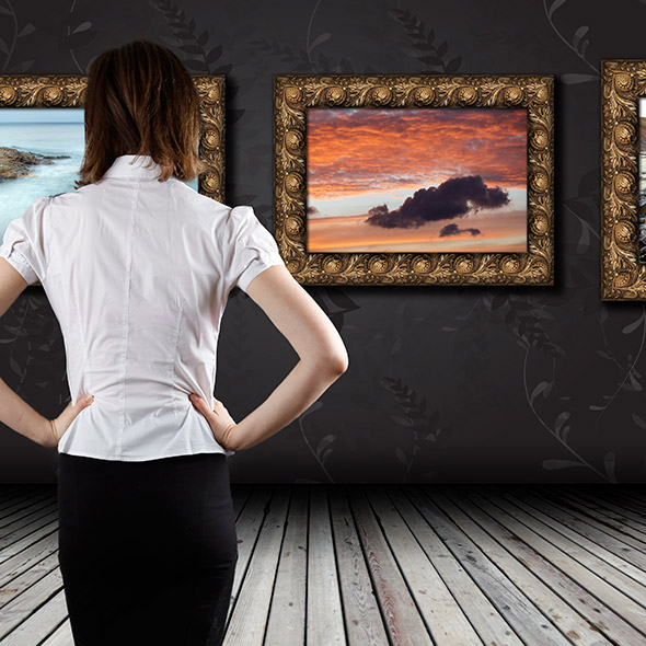 Woman-standing-in-the-gallery-via-shutterstock