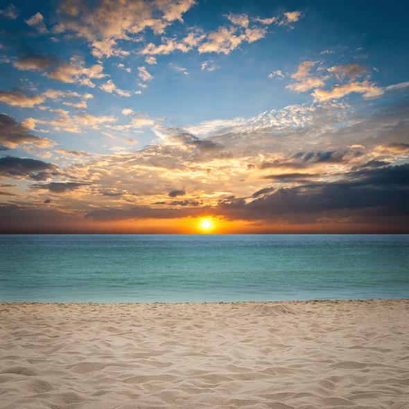 praiashutterstock 131138936 14 Dicas Para Fotografar Um Pôr do Sol Impressionante