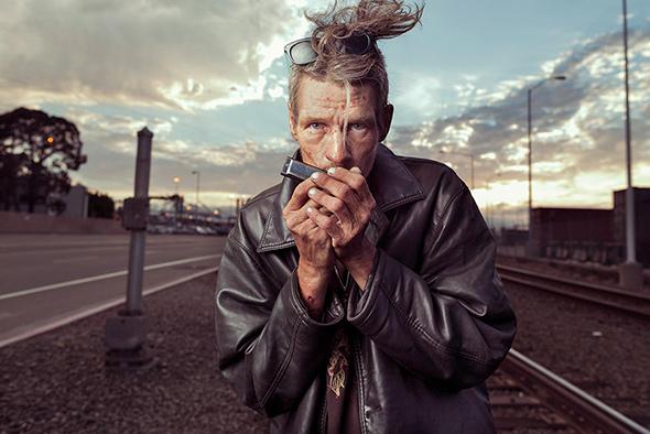 Aaron Draper Underexposed1 Fotógrafo cria série para dar visibilidade a moradores de rua
