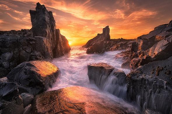 The Edge of the World - ©Joshua-Zhang