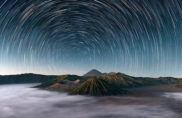 Mt Bromo Under The Stars by Elia Locardi