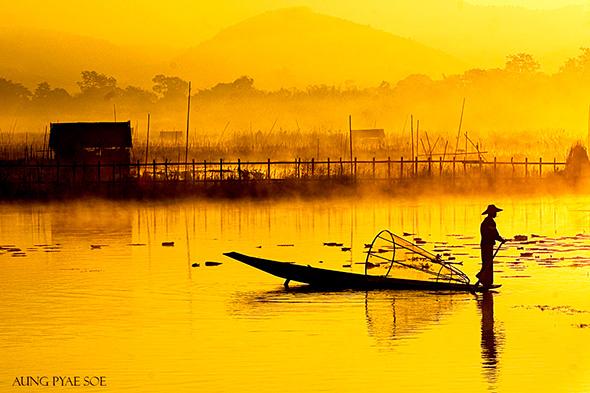7. Aung Pyae Soe Inle Lake Yellow Dawn Myanmar Uma viagem fotográfica em Myanmar