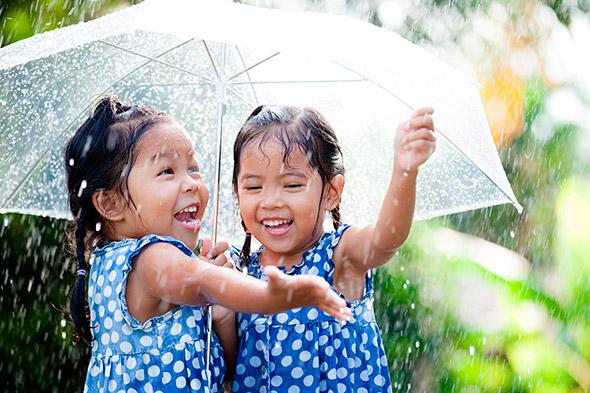 Brincando na Chuva Os 3 Maiores Erros em Fotografia Infantil